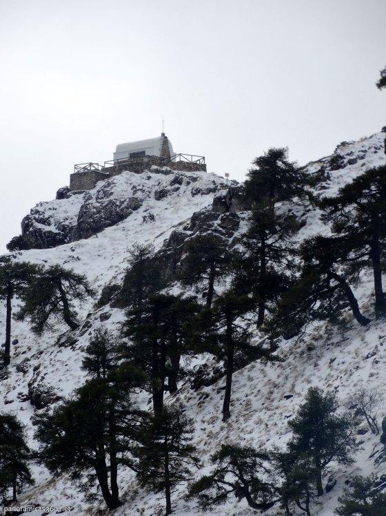 Caseta de vigilancia en el monte Navalperal. Sierra de Segura