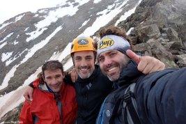 De izquierda a derecha Poli, yo y Óscar tras escalar la Arista de la Ruptura Democrática