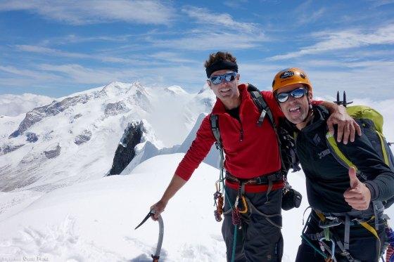 Cumbre del Breithorn Central con el Macizo del Monte Rosa al fondo