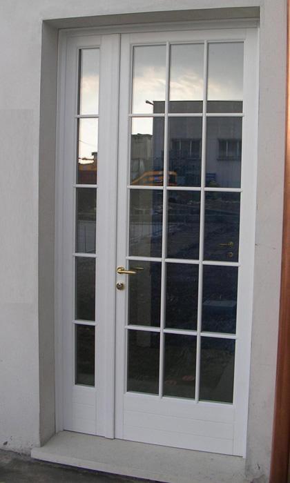 Portafinestra in abete lamellare  Modello Barocco Padova  Realizzazione porte finestre