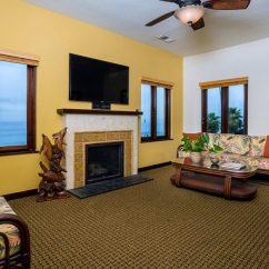 Living Room La Jolla Best Paint Colors For A Small Beach Hotel In Suites Pantai Inn Two Bedroom