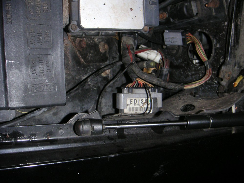 medium resolution of 2006 ford crown vic fuse box diagram