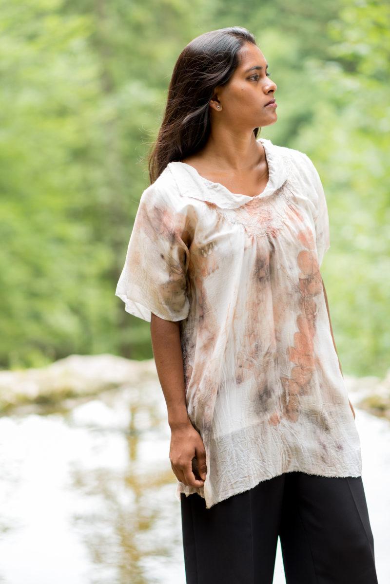 Shirt aus Seide und Baumwolle gefilzt mit Ecoprint