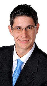 Frank Lacourt Lopez | Associate