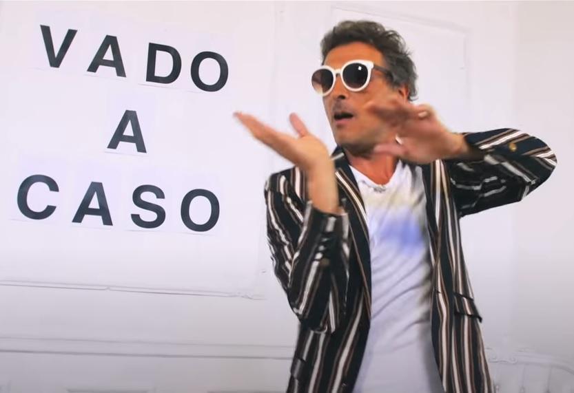 Vado a caso Marco Ligabue assolda Federico Poggipollini come attore protagonista del video