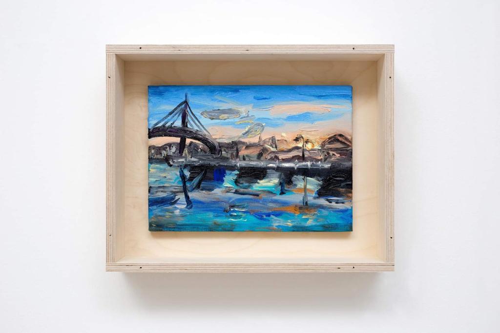 Fiume di gente (Pescara), di Matteo Fato. L'opera ritrae il fiume Pescara e il ponte del Mare