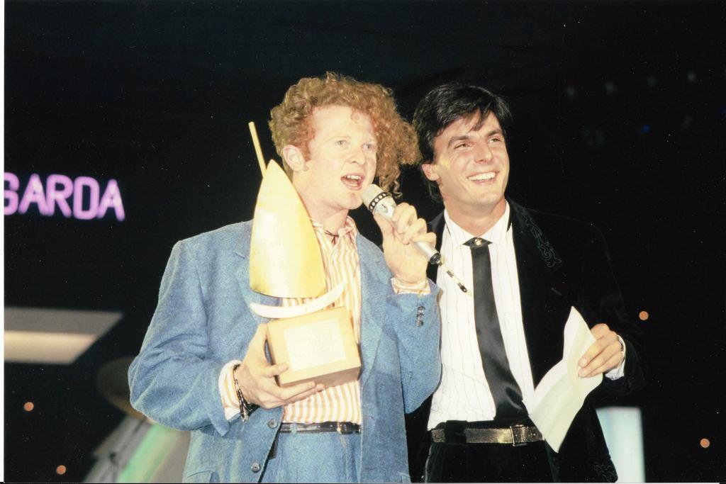 Ogni uomo è una radio. Gianni De Berardinis con Mick Hucknall dei Simply red