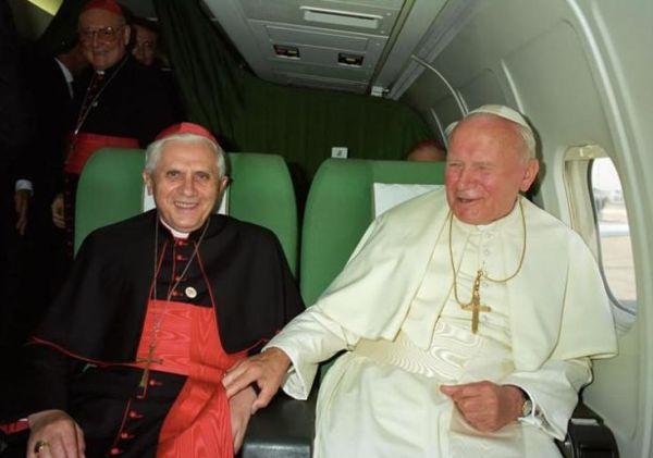 Ratzinger con Wojtyla.