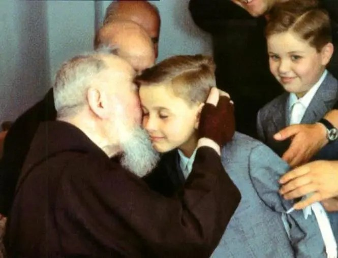 father-pious-and-the-kids
