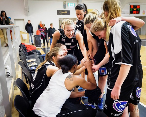Basketligan Dam, Mark Basket-Visby Ladies, Kinnahallen