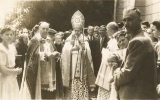 Episcopul-Durcovici-la-Pitesti