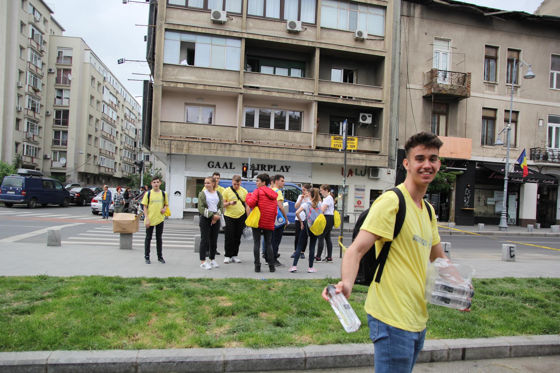 AquaCarpatica, partener Papa la București