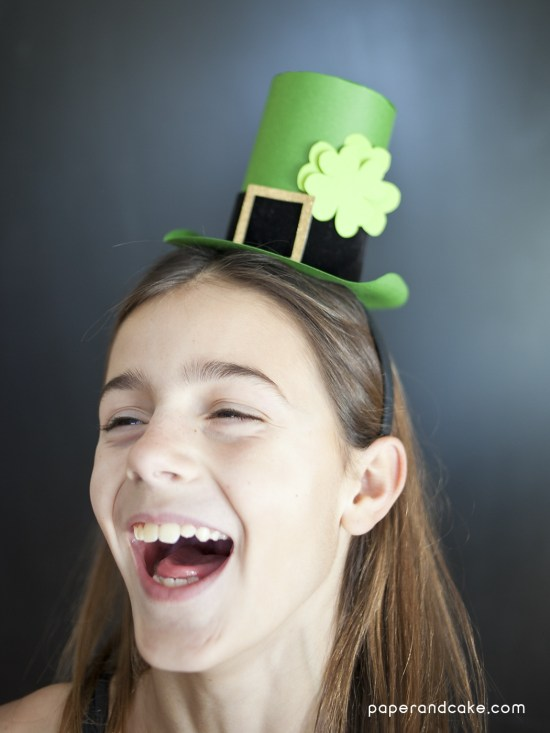 paper fascinator for St. Patrick's Day