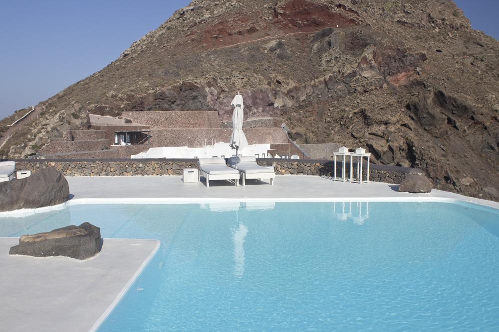 hotel - santorin - www.paperboat.fr