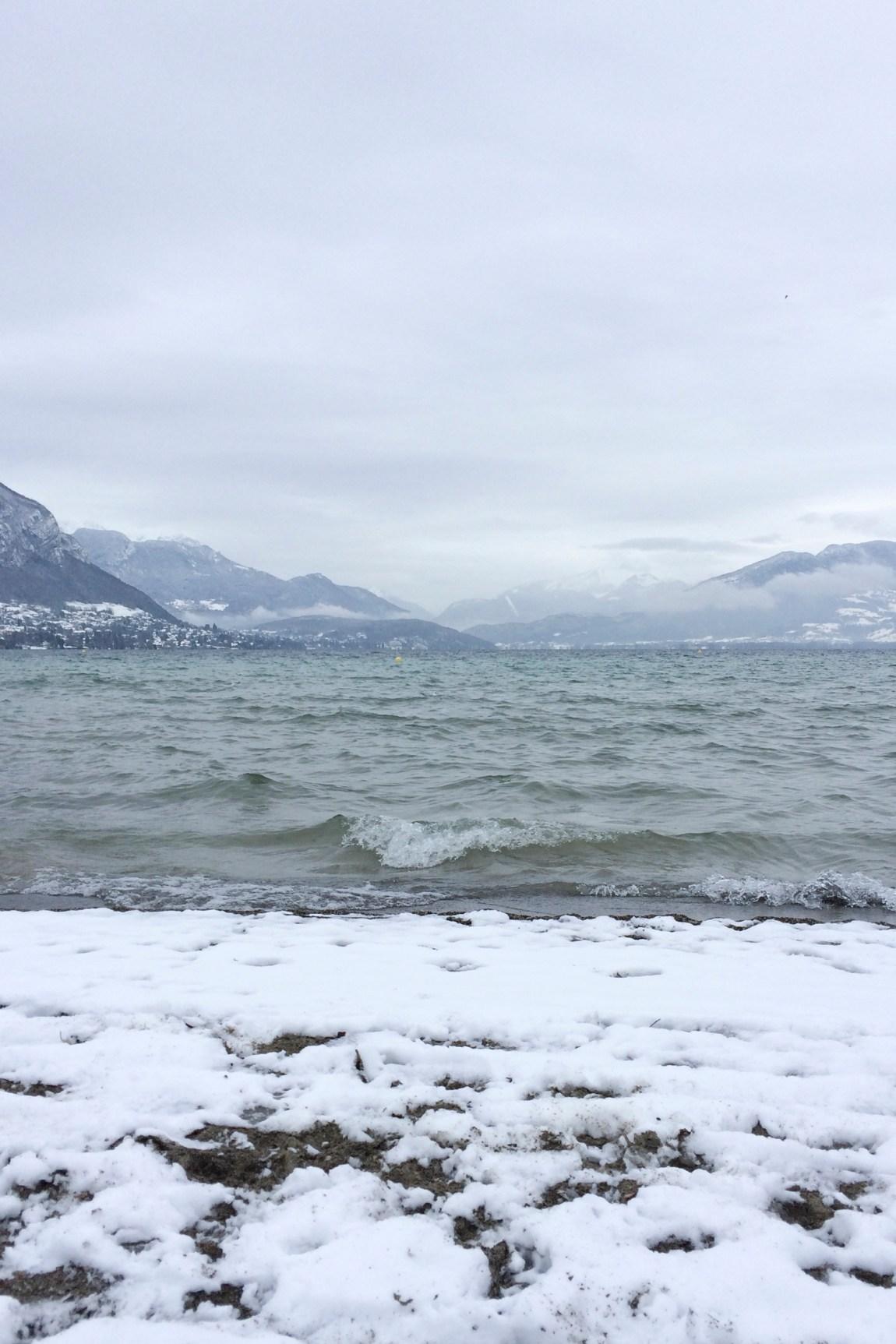 Annecy sous la neige hiver 2016 - www.paperboat.fr