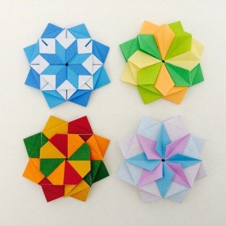 Modular origami star via @paper_kawaii