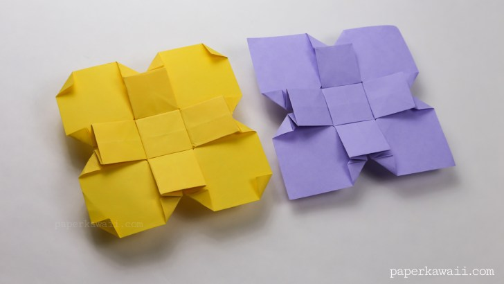 Origami Clover / Flower Instructions via @paper_kawaii