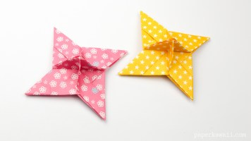 Origami Ninja Star Place Card Holder via @paper_kawaii