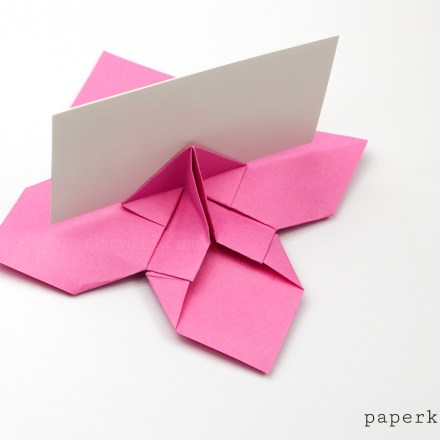 Origami Bow Card Holder Instructions via @paper_kawaii