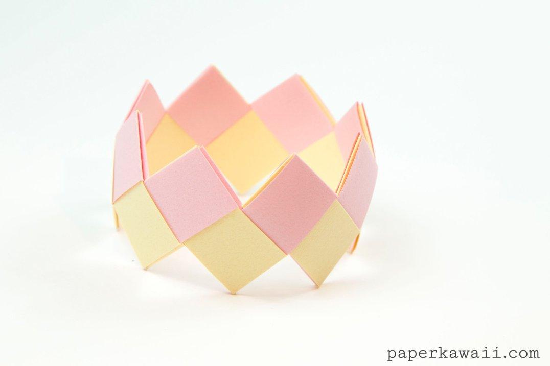 Modular Origami Bracelet Tutorial - Easy & Pretty! via @paper_kawaii