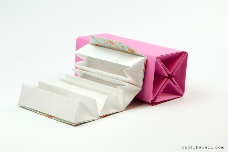 Origami Accordion Box Tutorial - DIY Roll Up Box via @paper_kawaii