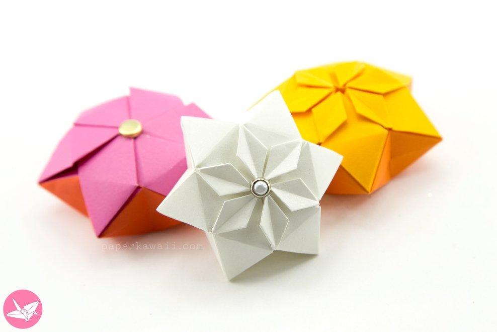 Origami Hexagonal Puffy Star Tutorial via @paper_kawaii
