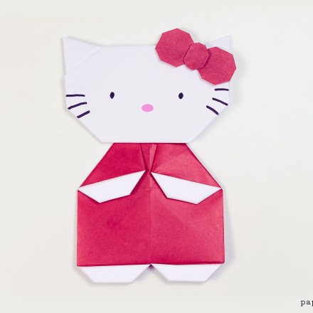Origami Hello Kitty Video Tutorial via @paper_kawaii