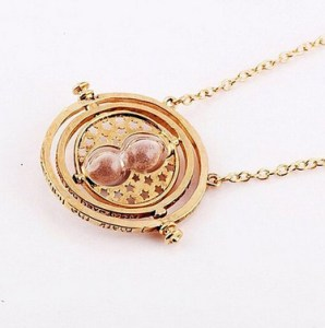 Harry-Potter-Hermiones-time-turner-necklace