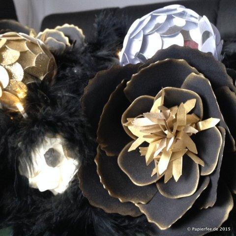 Stampin'Up! Silvester, Tischdekoration, Gesteck, Blumen, Blüten, BigZ L Bouquet, Artischockentechnik, Schwarz, Gold, Vanille, Sterne