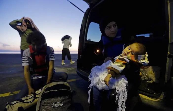 migrants16