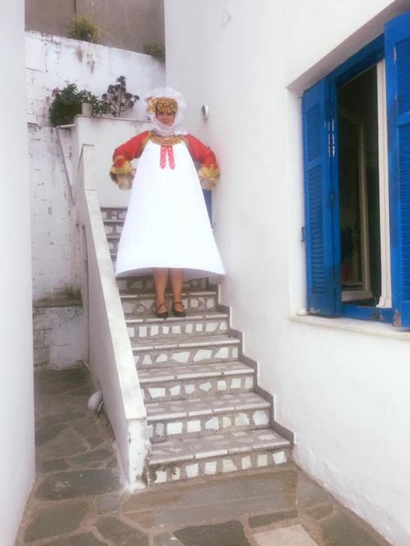 Photos of the Day: Tradition Trumps Contemporary for One Greek American Bride