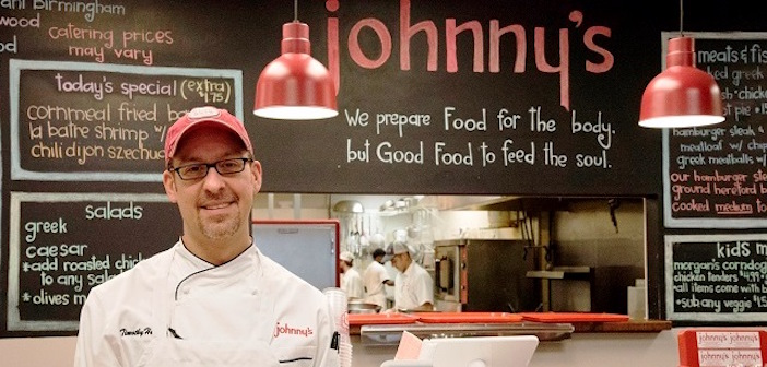 (Video) Alabama Chef Pays Tribute to his Greek and Southern Heritage at Johnny's