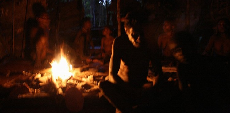Kmen Korowai Dalam– Papua Nová Guinea 2009