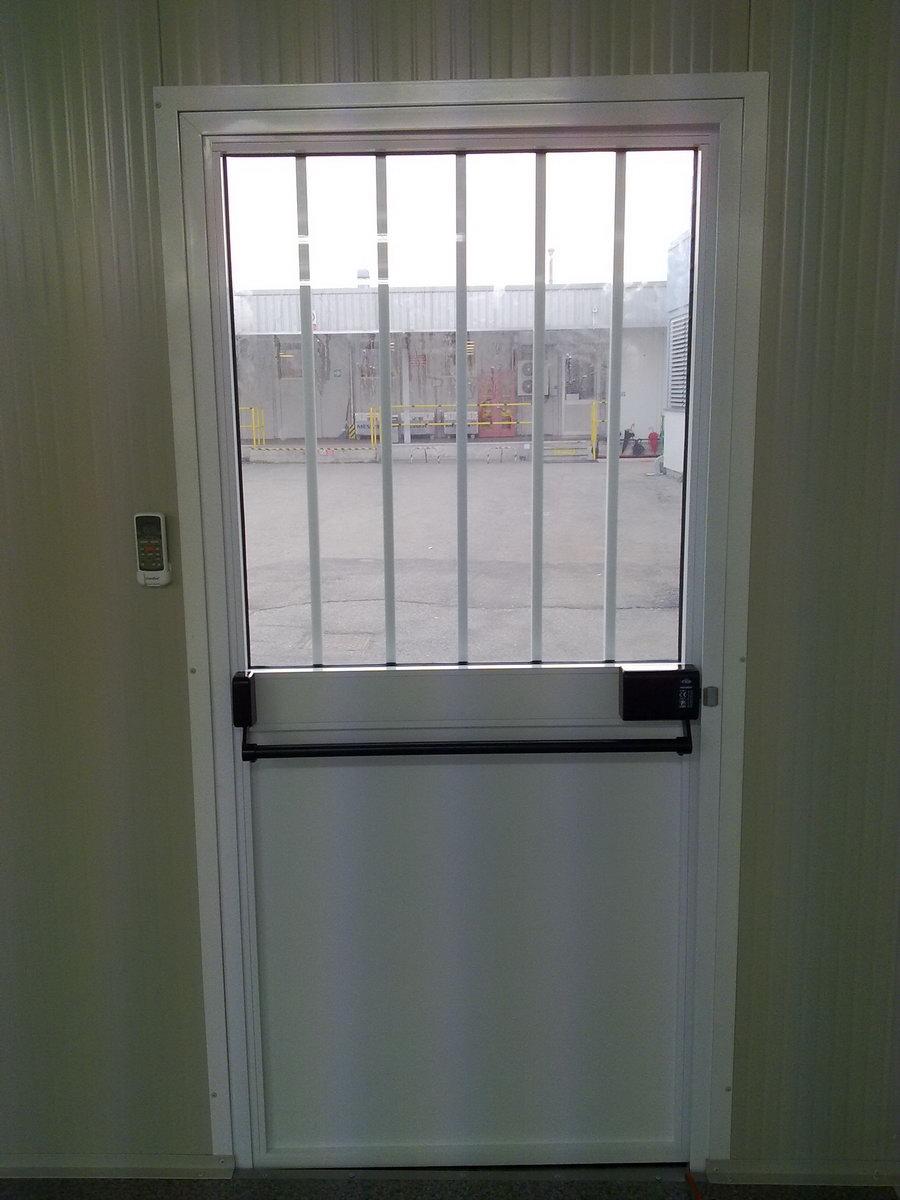 Infissi Porte e Finestre per Box Prefabbricati  Papucci