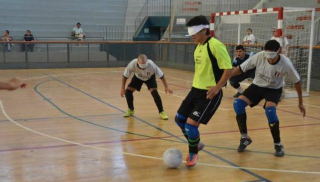 Fútbol para ciegos: la zona Sur ya tiene su primera jornada