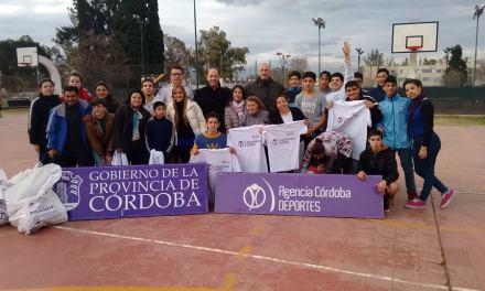 Se inauguró una escuela de básquet para sordos en Córdoba