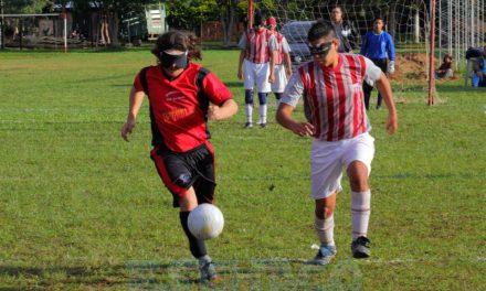Fútbol para ciegos: Un fin de semana de superacción en Santa Fe y Salta