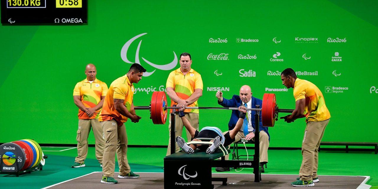 Pesas: David Coronel quedó 9º y clasificó al Mundial 2017