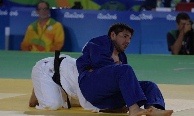 Judo: Effron abandonó por lesión