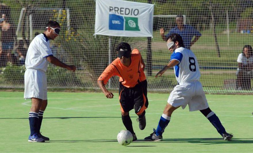 Fútbol 5 para ciegos: Los Búhos ganaron y son escoltas en la Zona Noreste