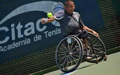 Tenis adaptado: Casco, entre los mejores ocho en Bolton