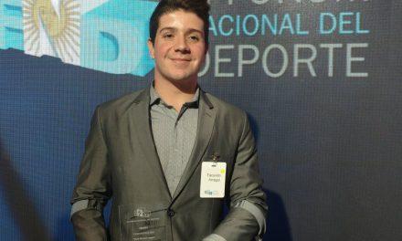 Facundo Arregui y Yanina Martínez, premiados por su labor deportiva