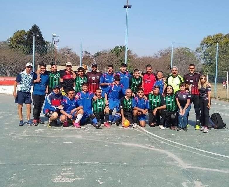 Fútbol para ciegos: Los Guerreros de Córdoba y Universidad de Tucumán, a la semifinal