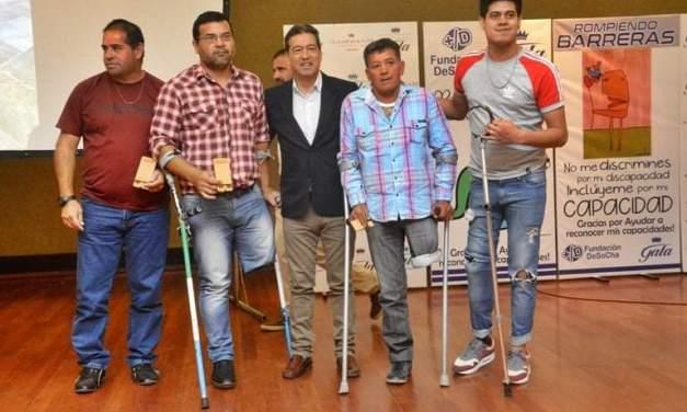 """El deporte adaptado fue protagonista en los premios """"Rompiendo Barreras"""" de Chaco"""