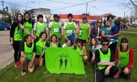 """""""Guías a la par"""", la ONG de Mar del Plata que no para de correr y crecer"""