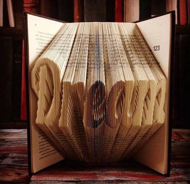 Boeken worden origamisculpturen   Paradijsvogels Magazine