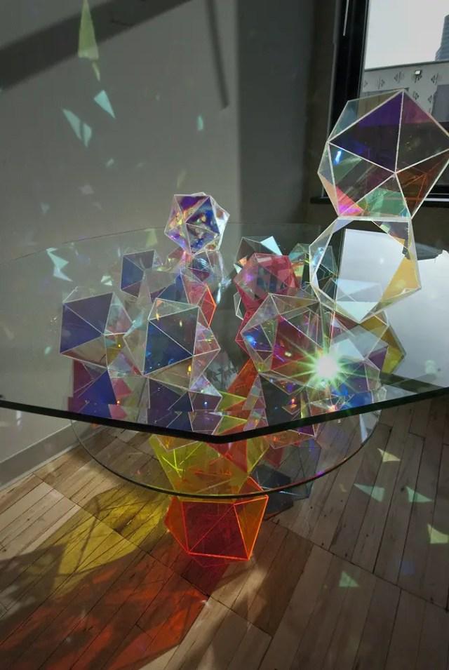 Deze kunstwerken vullen de ruimte met bijzondere geometrische patronen | Paradijsvogels Magazine