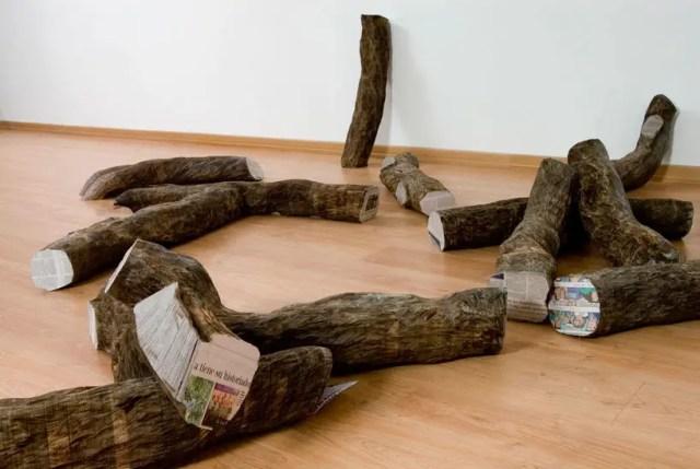 Terug naar de bron: boomstammen van papier   Paradijsvogels Magazine