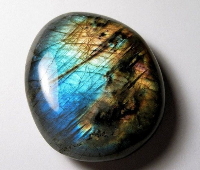 magische mineralen labradoriet