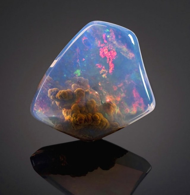 magische mineralen luz opaal
